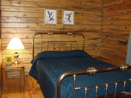 KingfisherBedroom.jpg